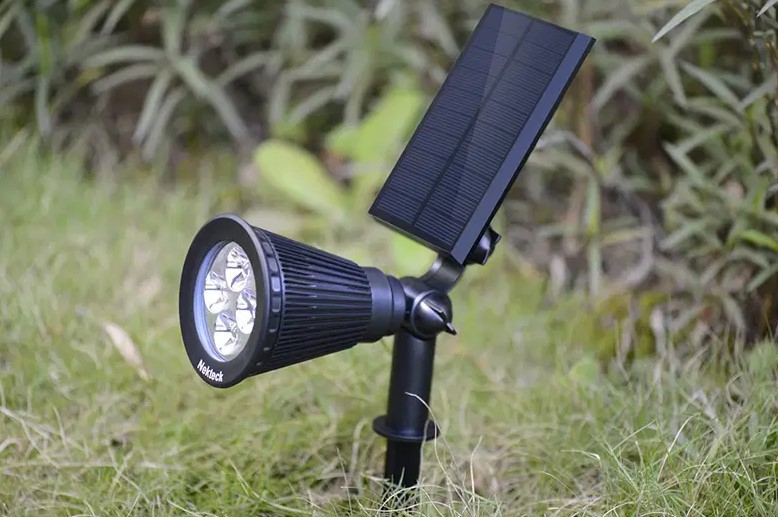 Why Won't My Solar Landscape Lights Work